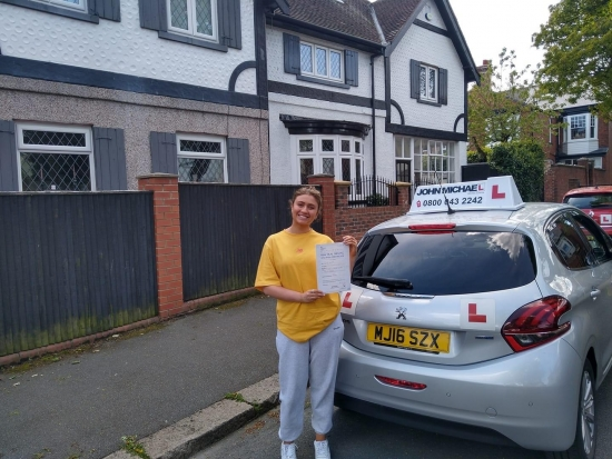 *NEW DRIVER*NEW DRIVER*<br /> Superb drive from Katie Price today! She's just passed her test, at Sunderland, beating all her nerves, with our instructor Graham Spensley<br /> Time to find that new car 🚗.<br /> Good luck,Stay Safe