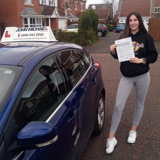 Amazing driving from Katharine Sayer today! She's just passed with our instructor Chris with only 2 minors!!