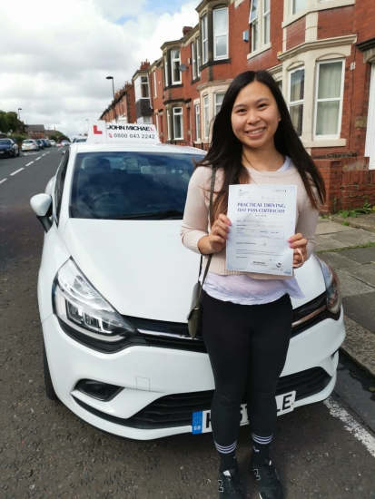 Kat Troung Great drive from Kat Troung today! She just passed at Gosforth with our instructor Rob and only 2 minors! Well done Kat!