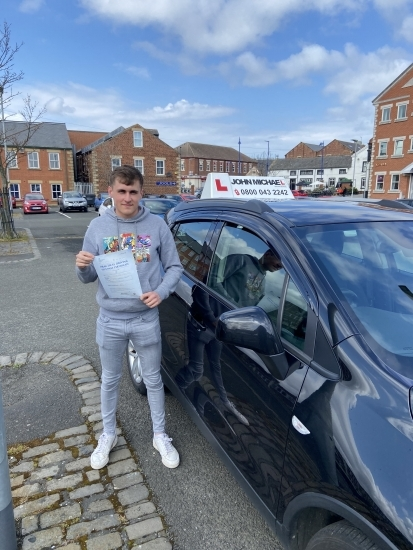 WELL DONE Luke Wilkinson! Luke passed on the first attempt with our instructor Dave Sproat, well done luke! 💪�