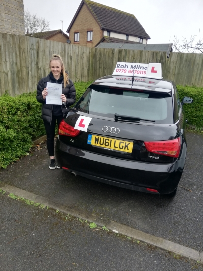 Many congratulations to a delighted Charlotte Millington of Portishead on an excellent drive and well deserved pass in Weston-super-Mare on 24th February.