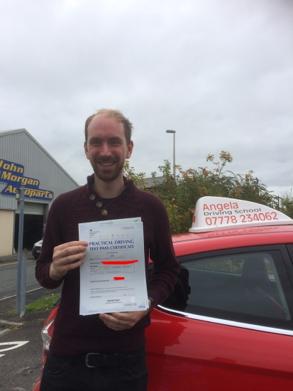 Very friendly and explains the manoeuvres very well. Managed to pass on the first go. Excellent teacher!