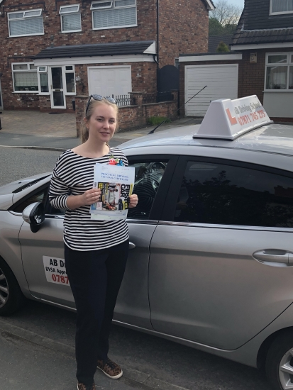 Congratulations to Charlotte Bradshaw for passing her practical test in Sale.  Well done.
