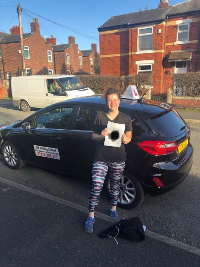 Congrats to Hannah for passing her test at Sale on 22/2/19.  Well done.