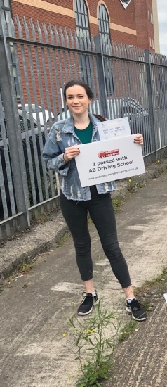 Well done Jade for passing your practical test first time on 4/6/19 at Sale test centre