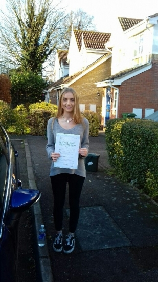 The fifth consecutive pass this year and Susannah passed on her first attempt with just 3 minor faults.