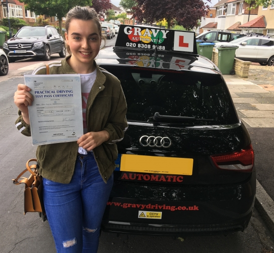 I passed second time with two minor faults due to Simon´s calming and knowledgeable approach, and I now feel like I have the confidence to drive independently.