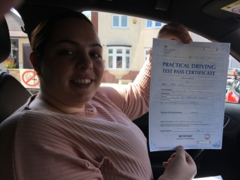 Passed first time with 2 minors. Simon is a great instructor, very supportive and gave positive encouragement. Can´t wait to get my new car this week.