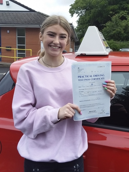Cara Bagguley passed on 14/6/19 with Garry Arrowsmith! Well done!