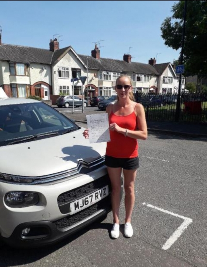Nicola Parker passed with Peter Cartwright on 26/6/18! Well done!