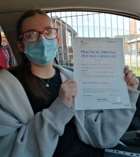 Chelsea Buxton passed on 22/4/21 at Newcastle under Lyme with Peter Cartwright. Well done!