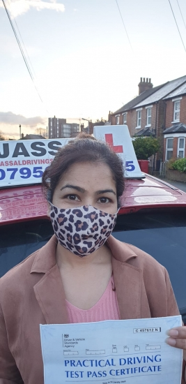 Congratulations Farah on passing your Driving Test in Slough!