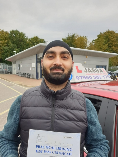 Congratulations Gulinder on passing your Driving Test in Uxbridge!..<br /> Highly recommend Sukh Jassal helped me a lot to pass driving test only with 5 minor mistakes. He is very good instructor