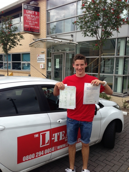 hi i started to learn driving lessons when my summer holidays back in July when the weather was so hot lol and took 30 lessons and i cant belive i pass first time with 3 minors coolnow focus on my football career my instructor from L TEAM has pass my family and friends in the passif your looking for lessons i reckon mend you go with this school<br /> <br /> 29082013