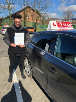 Congratulations to Waqas passing his driving test with L-Team driving school for the first time!! #passed#driving#learner🏆 #manchester#drivinglessons #help #learning #cars Call us know to get booked in on 0333 240<br /> <br /> <br /> PASS IN APRIL 2018