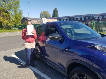Congratulations to Adeena passing her driving test with <br /> L-Team driving school for the first time!! #passed#driving#learner🏆 #manchester#drivinglessons #help #learning #cars Call us know to get booked in on 0333 240 6430<br /> <br /> <br /> PASSED MAY 2018🏆