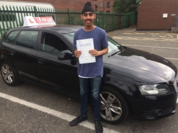 Congratulations to Jaginder passing his driving test with L-Team driving school for the first time!! #passed#driving#learner🏆 #manchester#drivinglessons #help #learning #cars Call us now to get booked in on 0333 240 6430<br /> <br /> PASSED JULY 2018 🏆