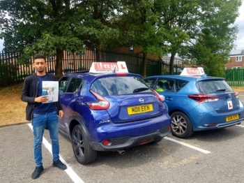 Congratulations to Osman  passing his driving test with L-Team driving school for the first time!! #passed#driving#learner🏆 #manchester#drivinglessons #help #learning #cars Call us now to get booked in on 0333 240 6430<br /> <br /> PASSED JULY 2018 🏆