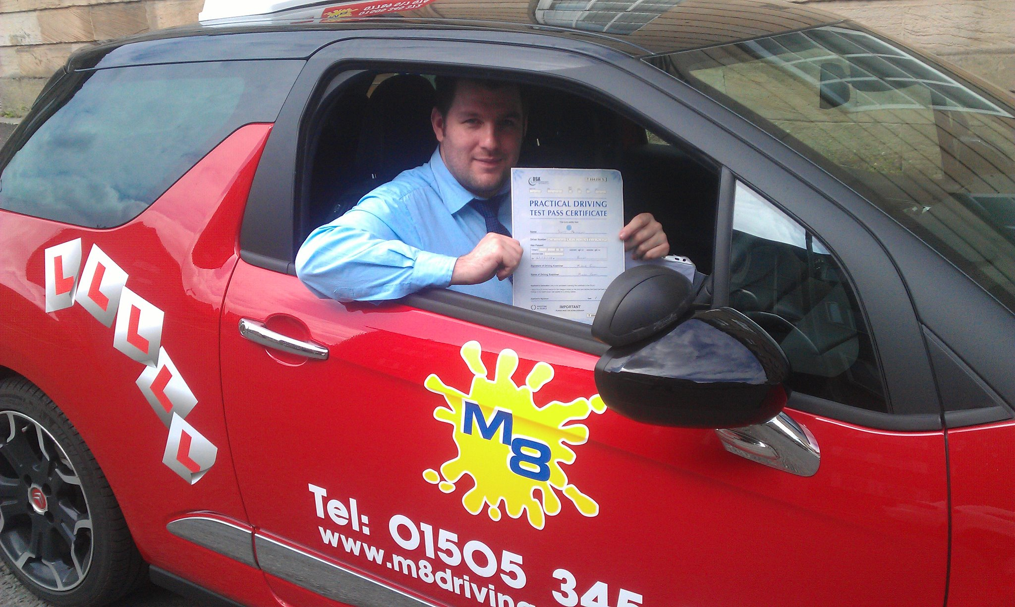 Driving lessons Paisley with an experienced instructor will help you pass your test sooner
