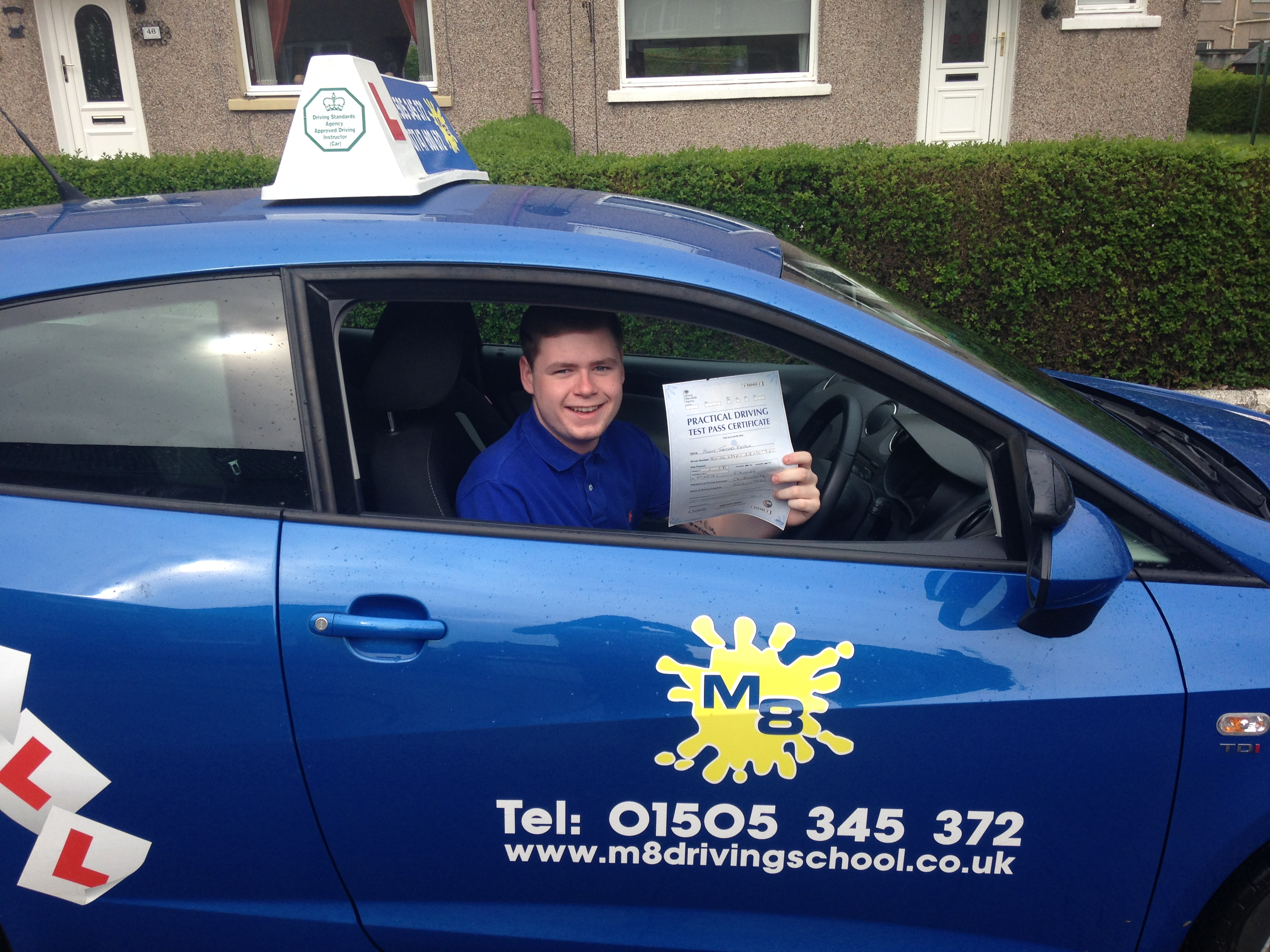 Driving lessons in and around Paisley with an experienced instructor