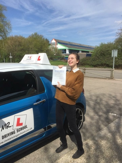 Congratulations to Hannah kanharn from Lakenheath who passed on the 17-4-18 in Cambridge with just 1 minor fault after taking lessons with MR.L Driving School.