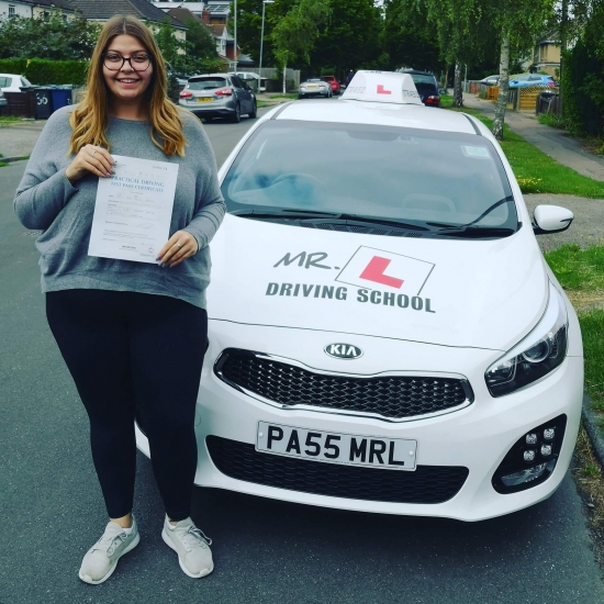 Congratulations to Jade Gibson from Cambridge who passed 1st time on the 7-8-19 after taking driving lessons with MR.L Driving School.