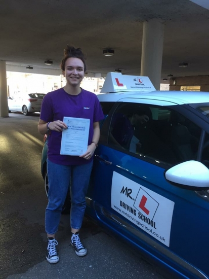 Congratulations to Xanthe Miller from Wilburton who passed 1st time in Cambridge on the 22-11-16 after taking driving lessons with MRL Driving School
