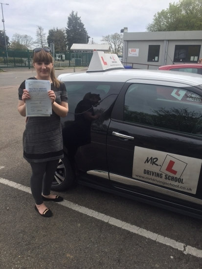 Congratulations to Jemma Gordon from Soham who passed 1st time in Cambridge on the 21-4-16 after taking driving lessons with MRL Driving School