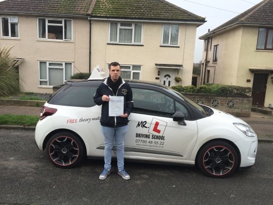 Congratulations to Stephen from Newmarket who passed 1st time in Cambridge on the 17-12-15 after taking driving lessons with MRL Driving School