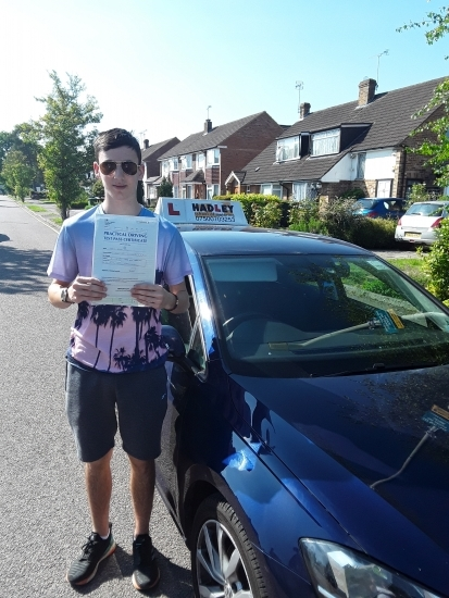 24/05/2019 - Learning to drive with Paul is great, it´s step by step learning, he´s easy on you but maticulous. Paul is understanding and patient, an overall nice guy