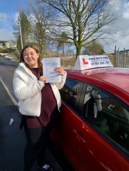 Huge congratulations go to Emily, who passed her driving test today in Buxton with only 4 driver faults. You worked really hard for that and thoroughly deserved it. Its been an absolute pleasure taking you for lessons, enjoy your independence and stay safe 😊👍