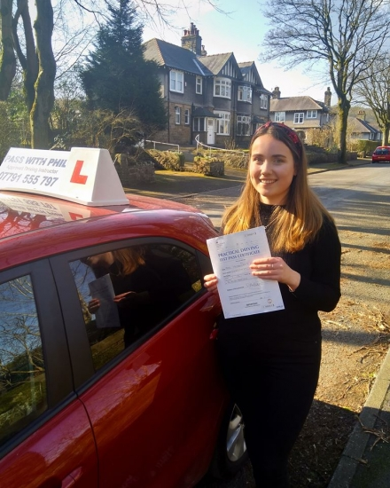 Huge congratulations go to Imogen, who passed her driving test today in Buxton at the first attempt and with only 6 driver faults. She joins the exclusive club of passing both theory and driving tests first time. It´s been an absolute pleasure taking you for lessons. Enjoy your independence and stay safe 😊