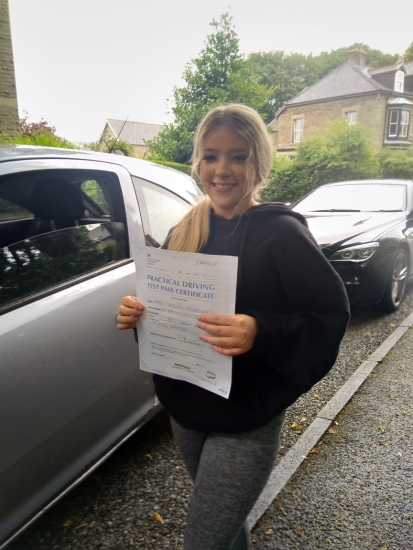 What a way to finish the week off!<br /> Huge congratulations go to Jess, who passed her driving test this morning in Buxton with just a few driver faults.<br /> It´s been an absolute pleasure taking you for lessons. Stay safe and have a fantastic time when you start Uni in September 😁