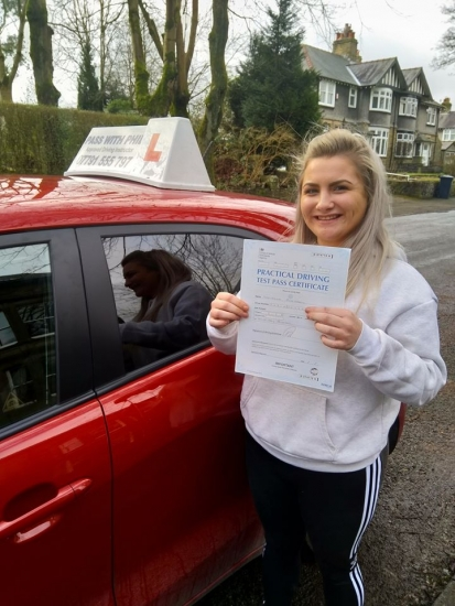Huge congratulations go to Tasha, who passed her driving test today in Buxton at the first attempt and with only 5 driver faults. She joins the exclusive club of passing both theory and driving tests first time. It´s been an absolute pleasure taking you for lessons, enjoy your independence and stay safe.