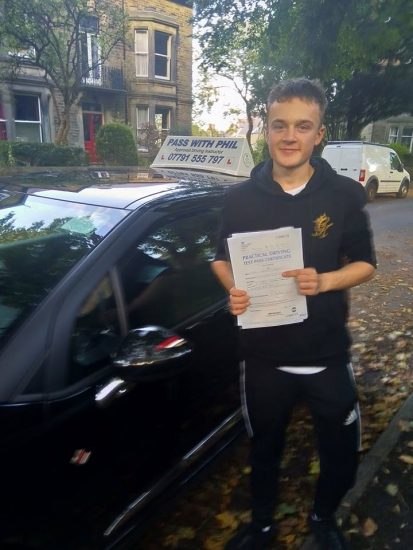 Huge congratulations go to Tom, who passed his driving test today in Buxton with only 5 driver faults. Its been an absolute pleasure taking you for lessons. Enjoy your independence and stay safe.