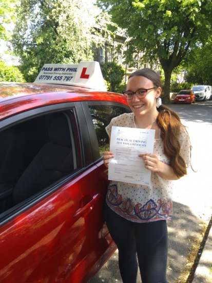 Huge congratulations go to Alice who passed her test today at the first attempt and with only 3 driver faults. Alice should have taken her test in March 2020 and has had 4 cancellations due to the pandemic, so the pressure was on and she handled it perfectly. She joins my exclusive club of passing both theory and driving tests first time. It´s been an absolute pleasure taking you for lessons