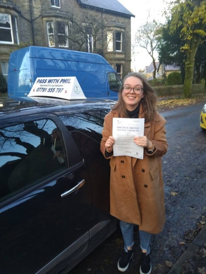 Massive congratulations to Beth who passed her driving test today in Buxton. Can´t begin to tell you the issue with nerves, but stayed calm and safe and nailed it. Well done Beth, great drive. Its been an absolute pleasure taking you for lessons. Enjoy your independence and stay safe.
