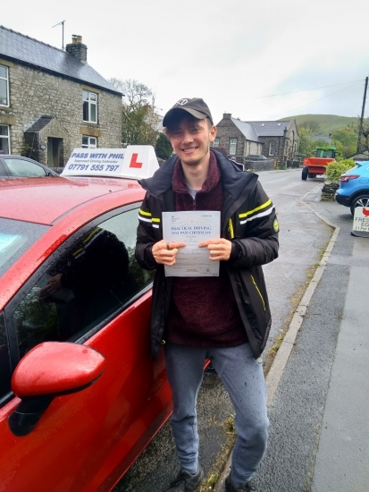 ABSOLUTELY AMAZING!!!<br /> So first test today since coming out of lockdown and huge congratulations go to Liam who passed first time and with 0 (ZERO) driver faults. A flawless drive, well done. Liam joins my exclusive club of passing both theory and driving tests first time.<br /> <br /> Its been an absolute pleasure taking you for lessons, enjoy your independence and stay safe 👍