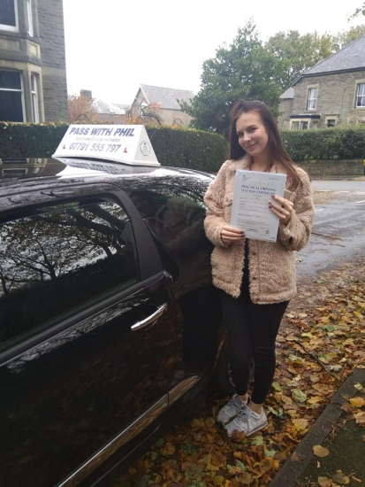 Huge congratulations go to Lucy, who passed her driving test this morning in Buxton and with only 3 driver faults. Well done Lucy, fully deserved. Its been an absolute pleasure taking you for lessons, enjoy your independence and stay safe 😊