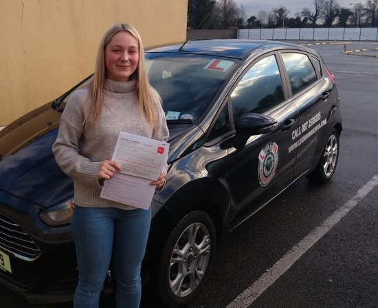 Christmas came early for Chloe Gueho passing her test first time today at the Castlemungret test centre. I trained Chloe up from day one and it´s brilliant to see her drive with such skill and confidence on the test. Well done Chloe we´re all proud of you. 🙌🙌ðŸ�¾ðŸ�¾ðŸ�¾