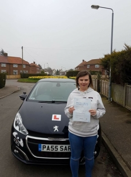 Passed 1st time with 2 Minor Faults<br /> Instructor Sara Bradley<br /> 12/04/2018
