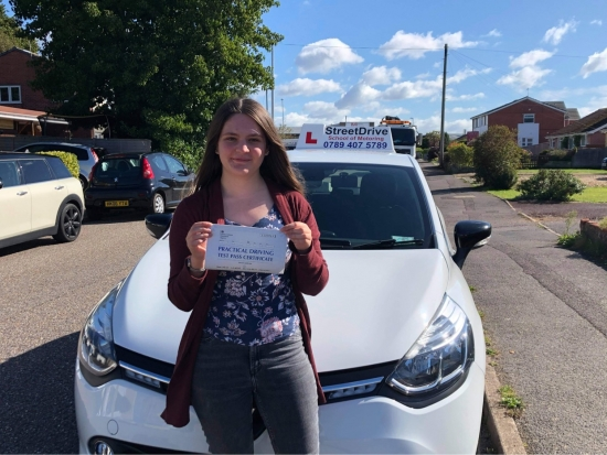 Louise did an excellent job at teaching me to drive! I am pleased to say I am much more confident on the road now than when she first took me out on my 17th birthday. <br /> <br /> Our lessons were both enjoyable and helpful. She has done a great job and encouraging me to have confidence in my driving and was able to adapt to my changing schedule. Learning to drive was a great experience for me!<br /> <br /> Passed F