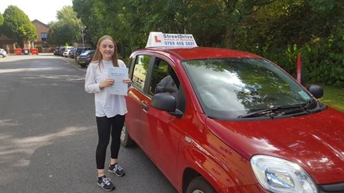 Henrietta got her driving licence on the 1st attempt with 0 faults!