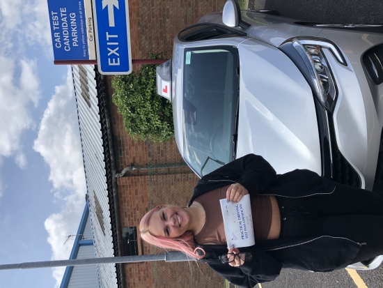 I felt confident and comfortable whilst driving. Louise is a lovely driving instructor! I passed second time with 3 minors!! <br /> <br /> I'm very happy and would highly recommend. Passed Tuesday 16th August 2021.