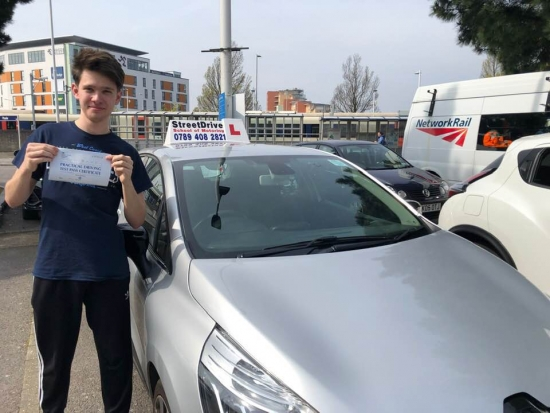 I passed my driving test today with 'Shaun', he made everything simple and straight forward. <br /> <br /> He went above and beyond expectations. Couldn't have hoped for a better instructor, would very highly recommend! - Passed Monday 15th April 2019.