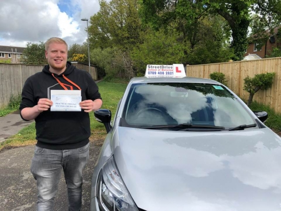 I had 'Shaun' as my instructor and passed today on my '1st attempt', amazing service he´s very friendly and keeps you calm.<br /> <br /> I would highly recommend to everyone - Passed Thursday 25th April 2019.