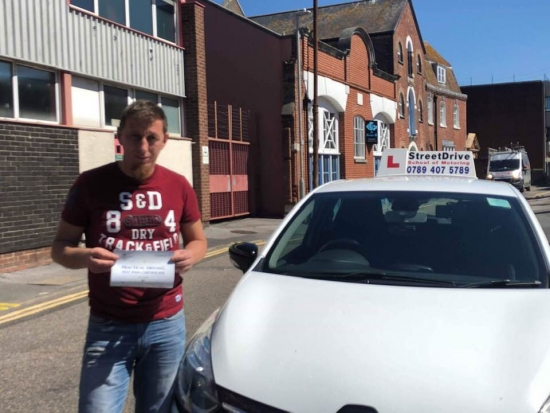 Excelent driving school, I had passed 'first time' after having 30 lessons with my instructor Louise, would recommend to everyone. <br /> <br /> She has the patience that every new driver needs. Thank you Louise - Passed Tuesday 21st May 2019.