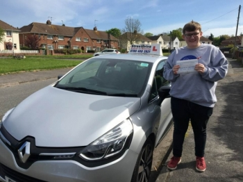 ** Passed First Attempt - ZERO Driving Faults **<br /> <br /> Shaun was so calm and patient and really helped me find my confidence. I only had 20 hours of lessons and he got me a first time pass with ZERO driving faults. <br /> <br /> I couldn't have done it without him! Would highly recommend to anyone - Passed Thursday 3rd May 2018.