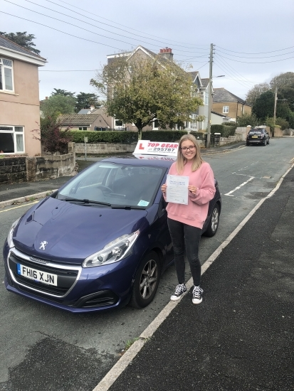 Well done Chloe on your 1st time pass! 🚗💨