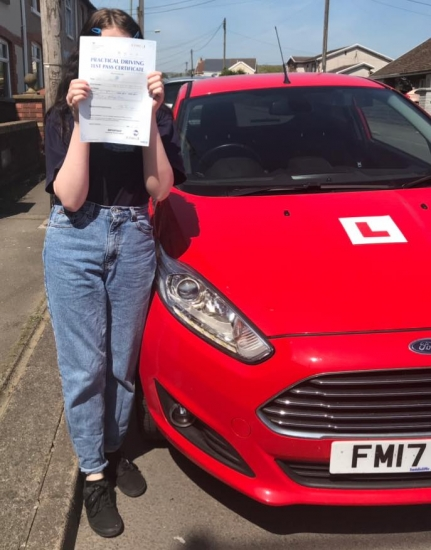 15.5.19 - Congratulations to little shy Caitlin who passed her driving test today in Merthyr 1st time... what a stunning result 😃🚗🚦